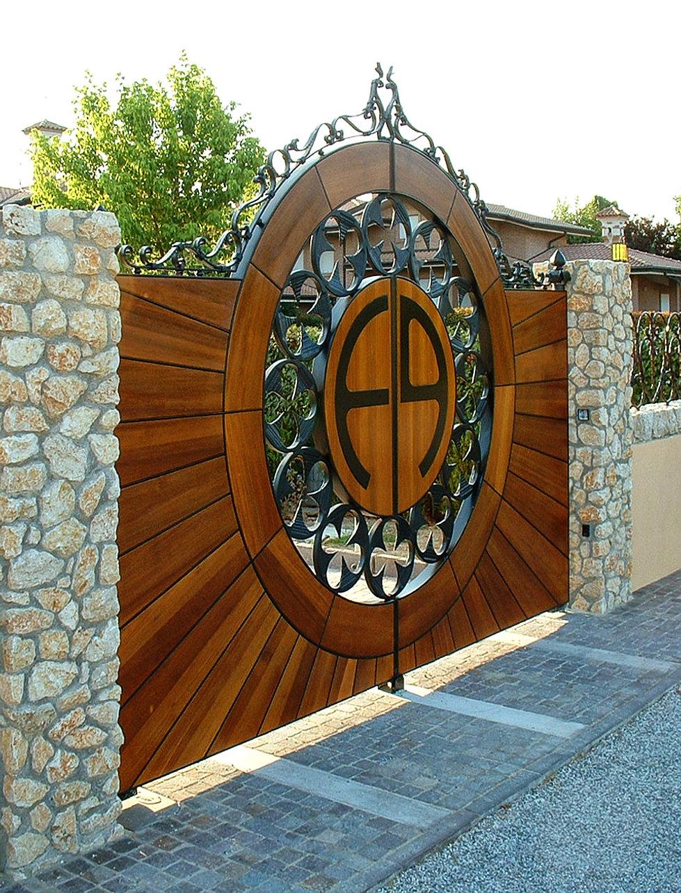 Cancello legno ferro ed12 pineglen - Cancelli in legno per esterno ...