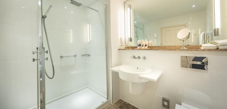 Good Bedroom - Bathroom
