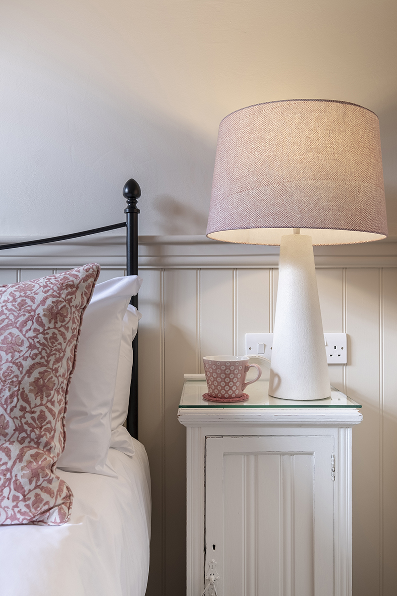 Bed Side Lamp, Standard rooms