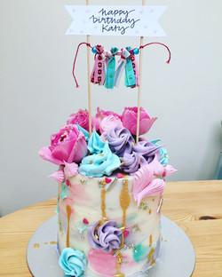 birthday bunting cake