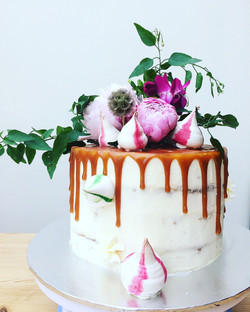 caramel peony cake