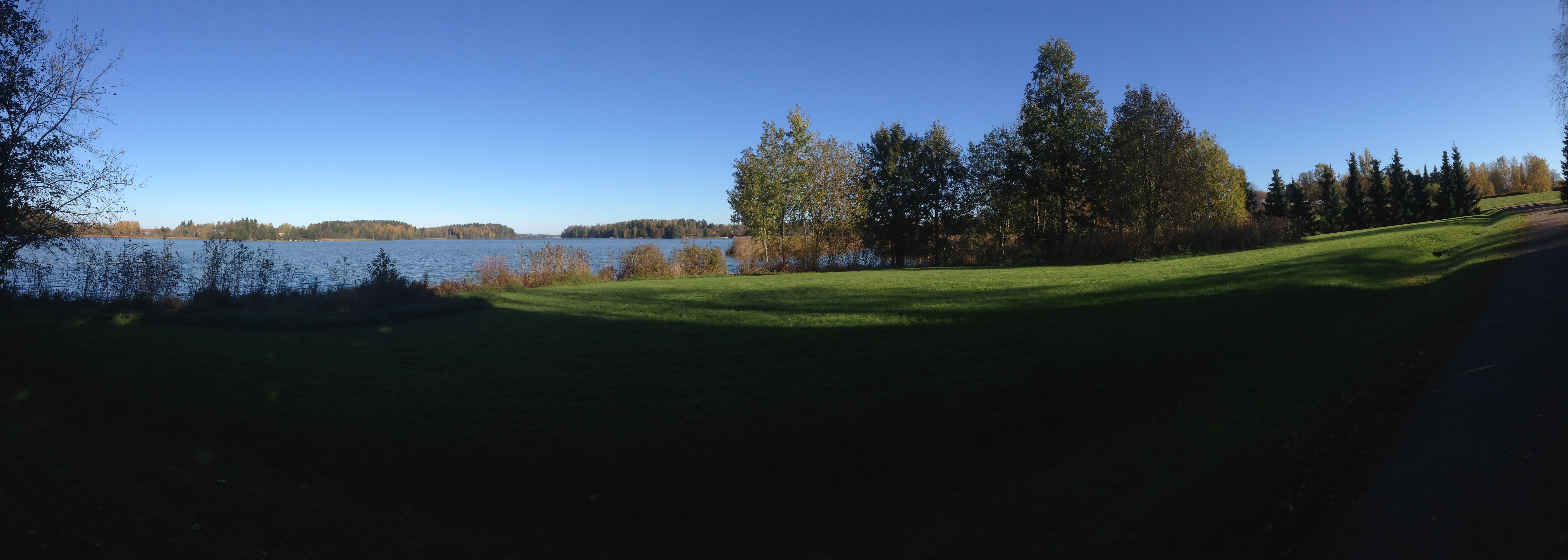 ヘルシンキ・森と湖