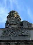 BEN 26-3 LION GATE.JPG