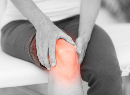 3 Tips To Reduce Knee Pain Caused By Excessive Sitting