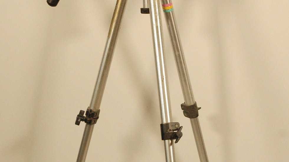 Bogen 3011 Camera Tripod with Manfrotto 3063 Mounting Head