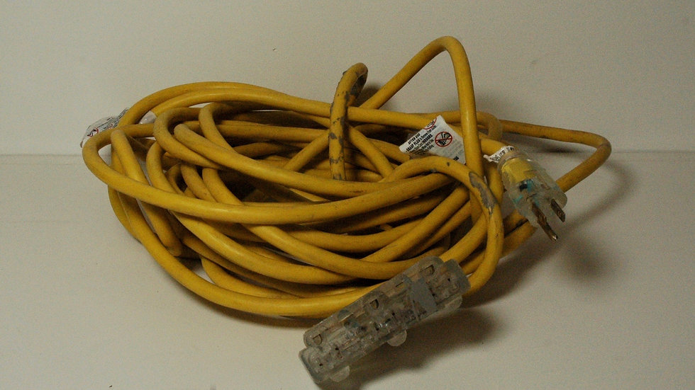Husky 50' 3-Outlet Extension Cord