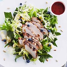 Salade Mixte aux dés de poulet au vinaigre balsamique