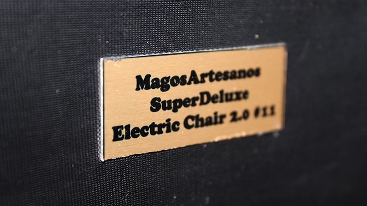 Super Deluxe Electric Chair 2.0 by Magos Artesanos