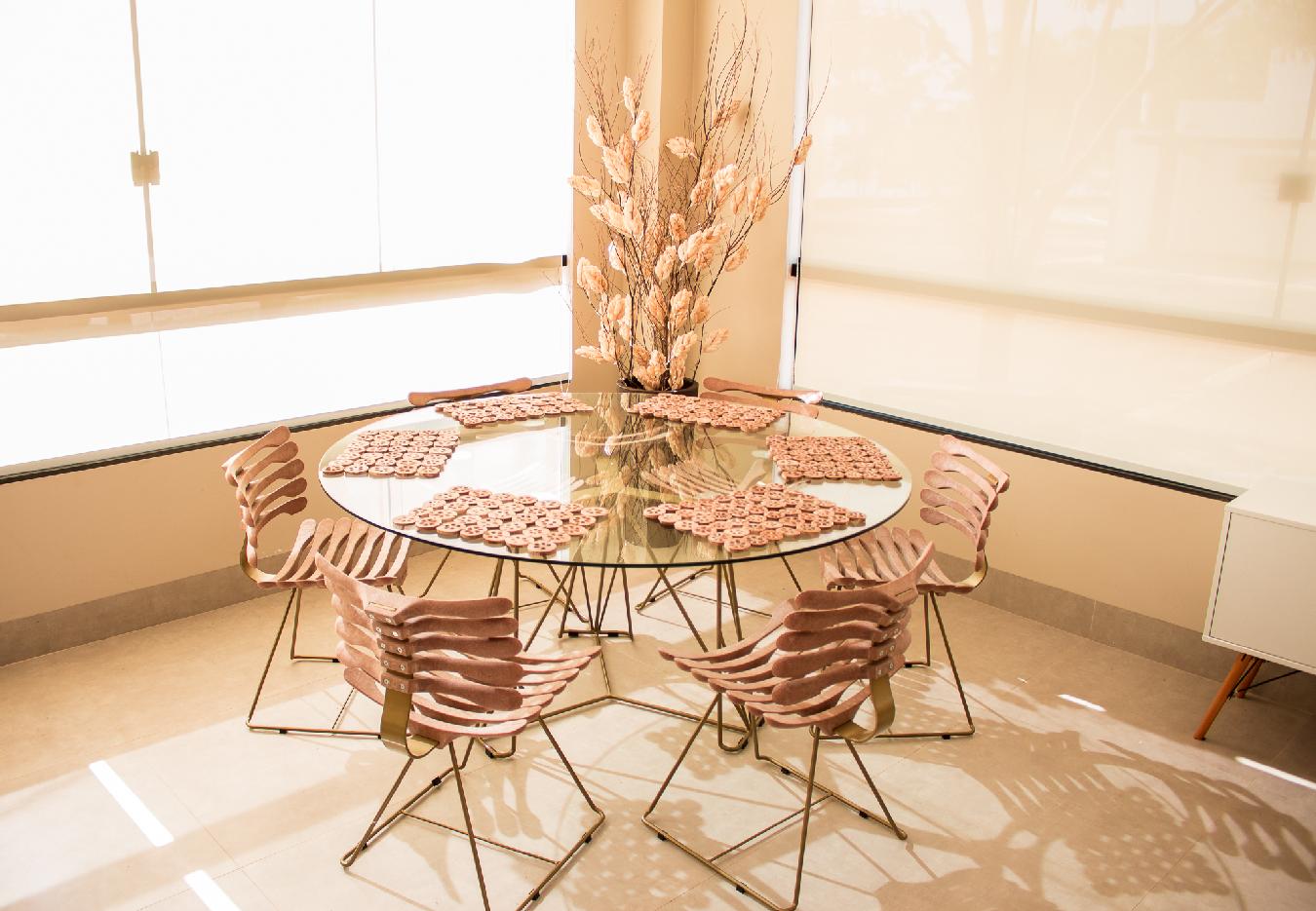 cadeira-esqueleto-mesa-esqueleto-design-