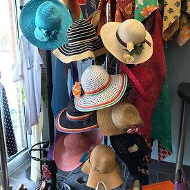 preakness hats.jpg