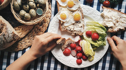 THE MOST IMPORTANT MEAL ~ Tips to build a healthy breakfast