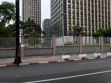 Building Bureaucracies in west Africa by Julia Gallagher