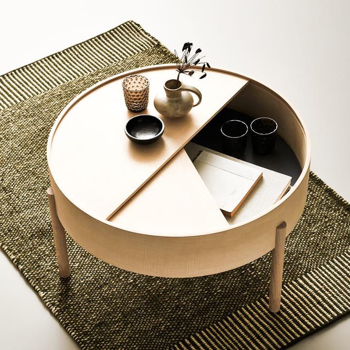 Woud-Arc-Couchtisch-Beistelltisch-Esche-Sofa-Ambiente-designtracker