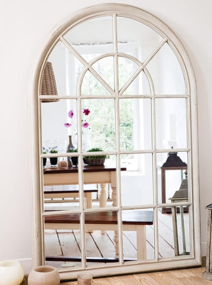 Fensterspiegel aus Holz von Maison du Monde