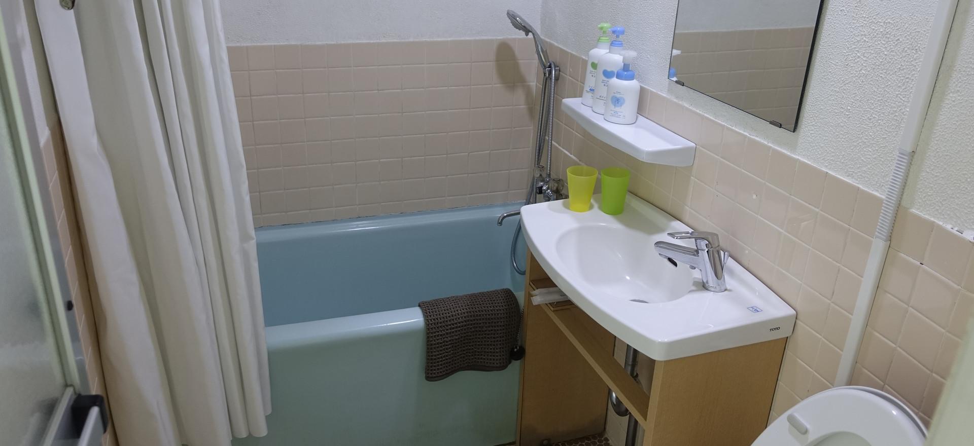 18号室浴室