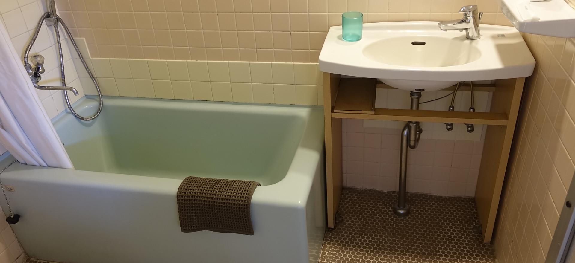 15号室浴室