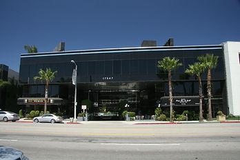 front of 17547 Ventura Blvd., Encino property