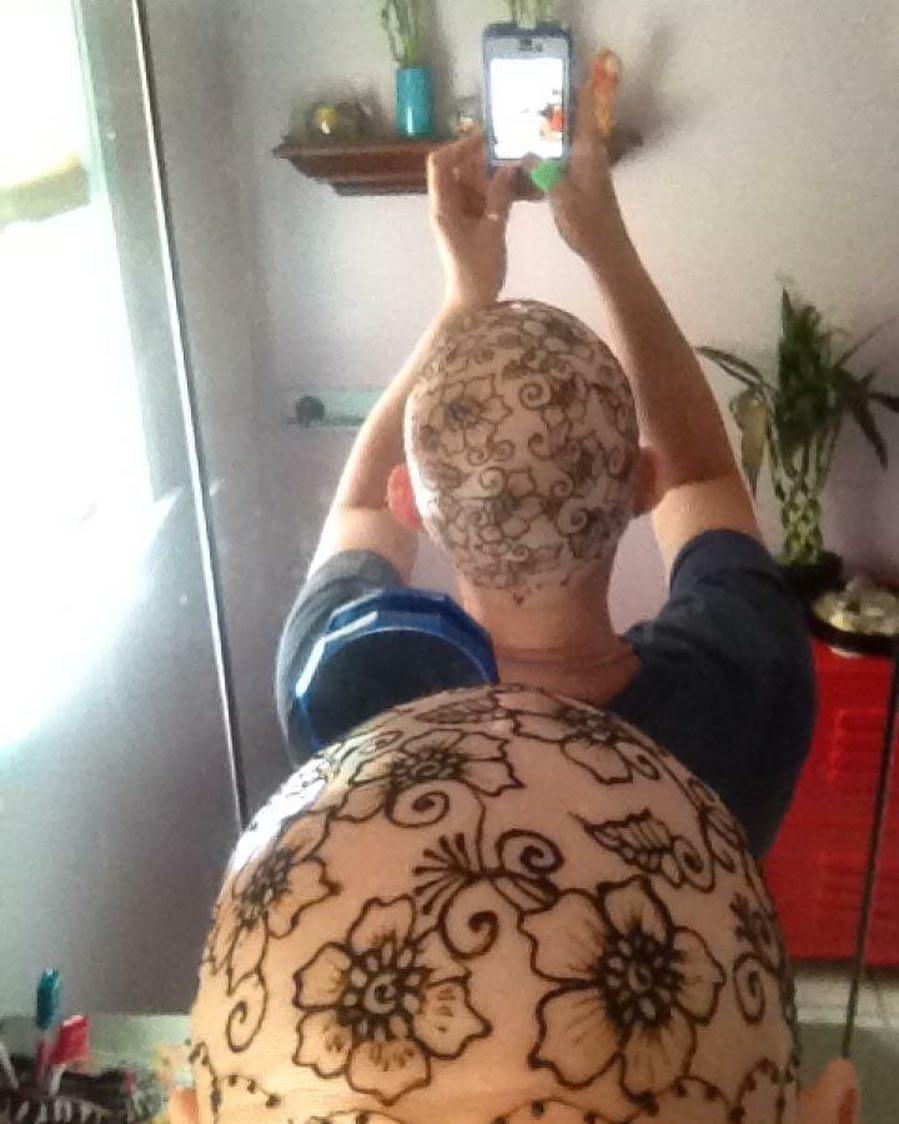 Henna heals me 2012