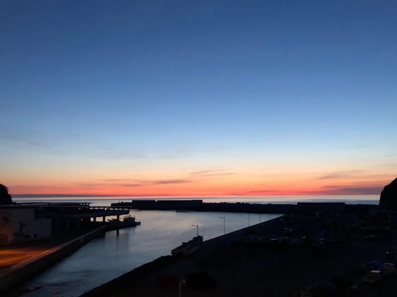 海の夕暮れ 山形