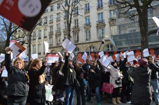 Rassemblement DALO du 05 mars : 250 personnes devant l'Assemblée nationale