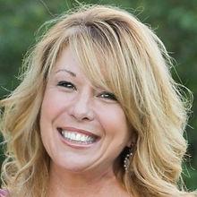 Debbie Lynch - Owner Mindstamp Media
