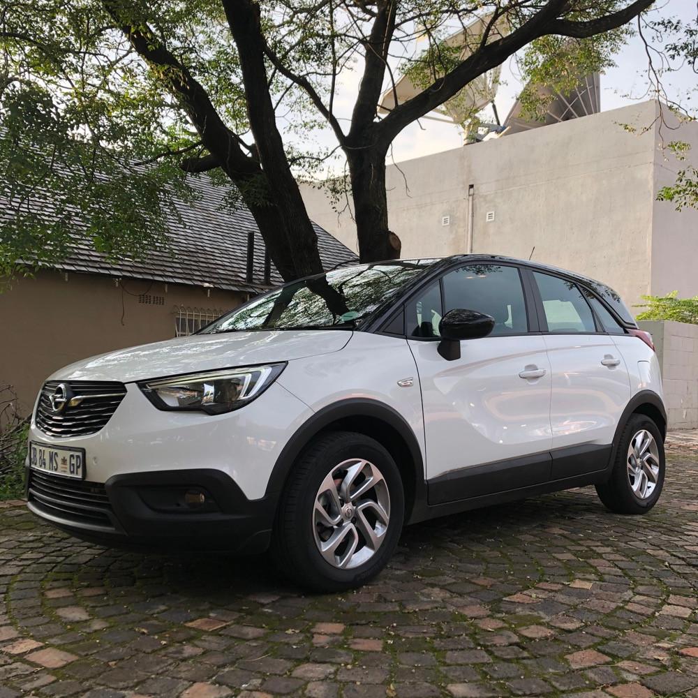 car review Opel Crossland X 1.6 TD
