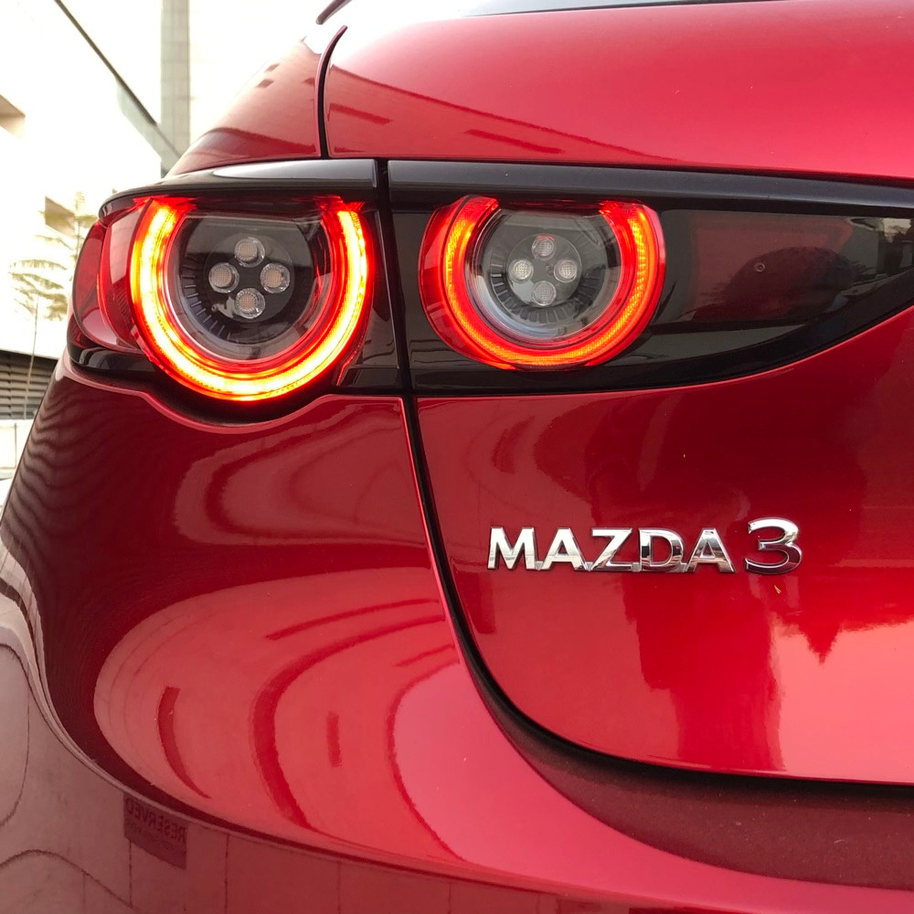 Mazda 3 Astina test drive, review, pictures, spec and price.