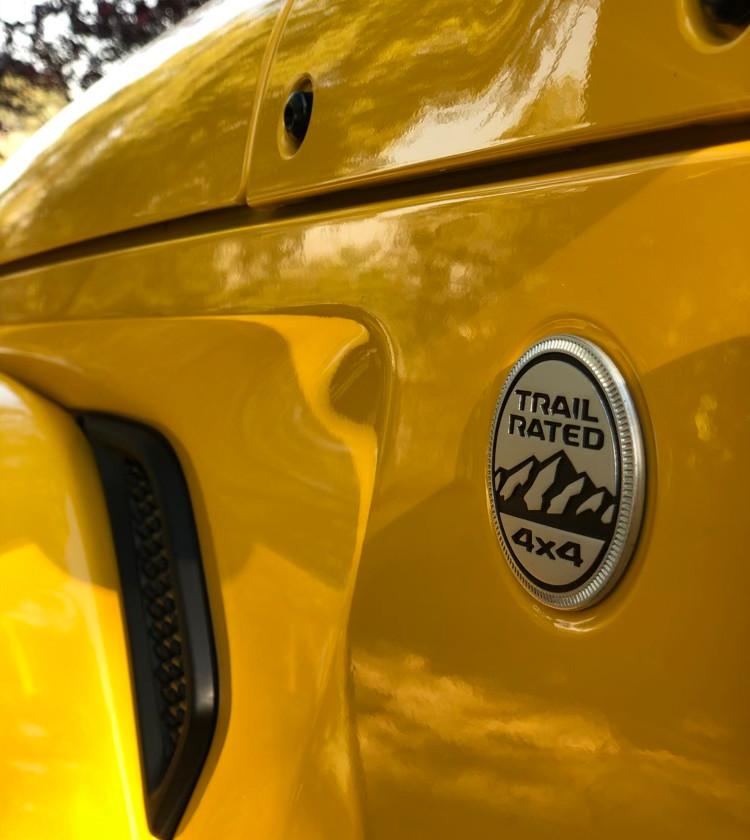 car review jeep wrangler sahara 4x4