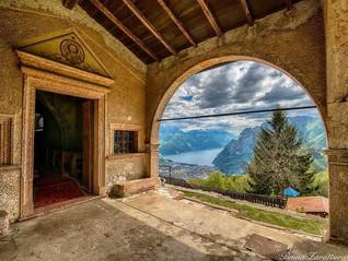Escursione al Rifugio San Pietro attraversando la Val Lomasone: un rifugio vista Lago di Garda