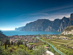 Il Parco fluviale della Sarca: dai ghiacciai dell'Adamello agli ulivi del Garda