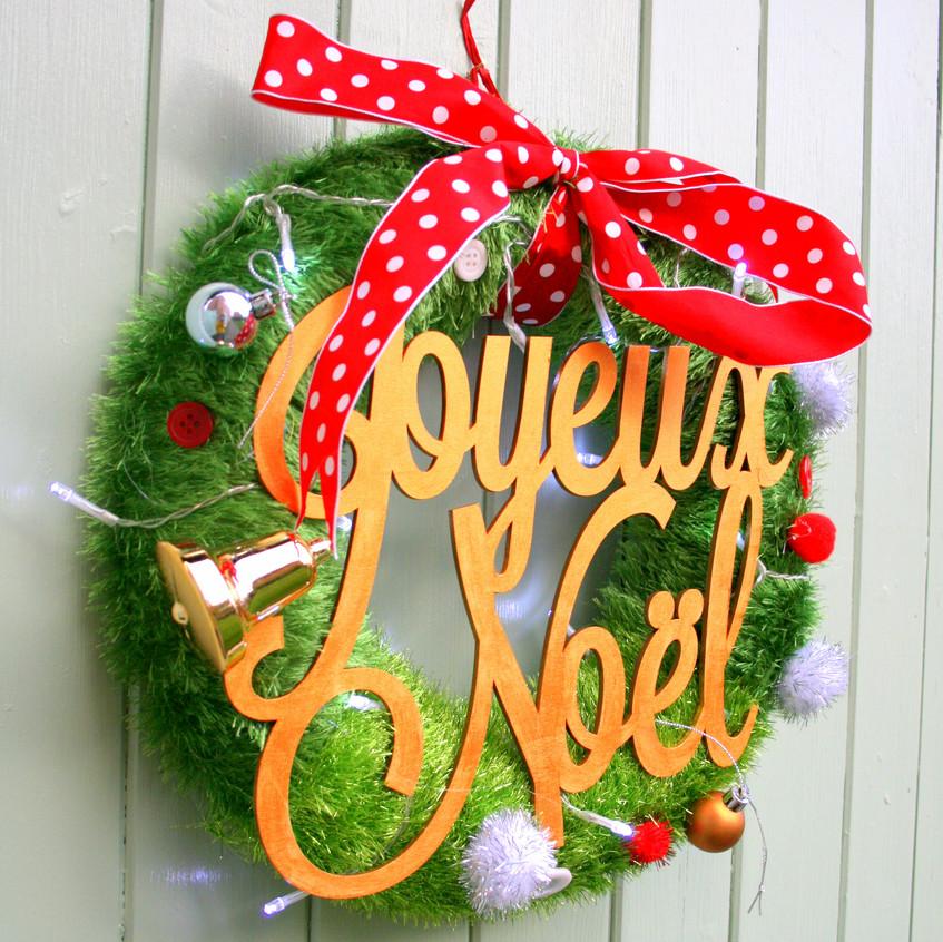 Joyeaux Noel Oldhaus Wreath