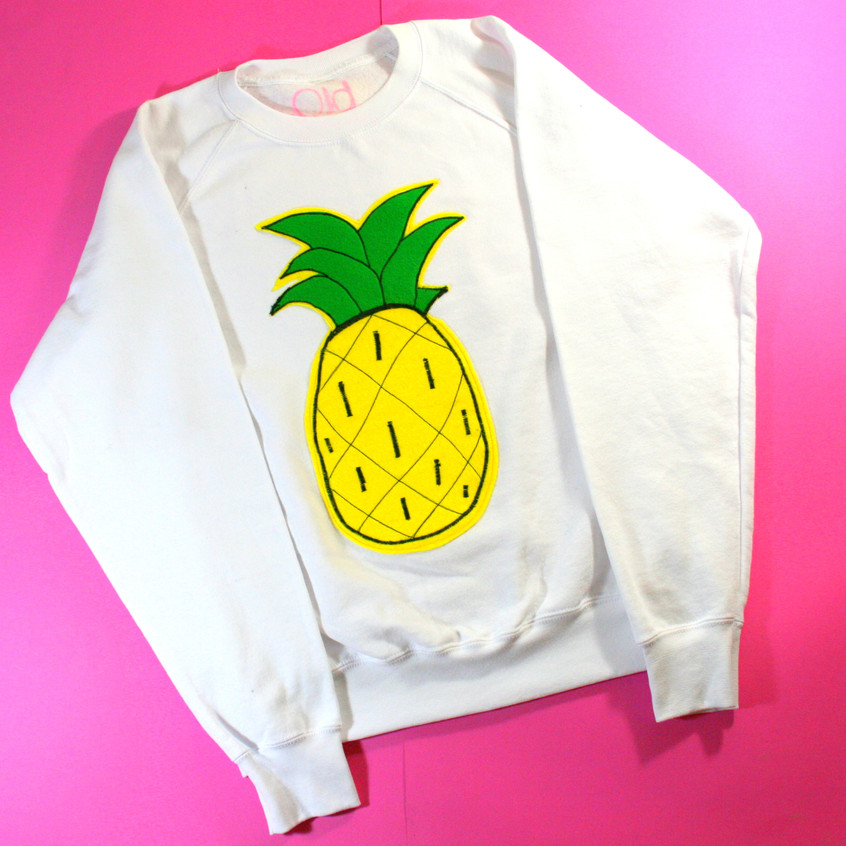 Pineapple Applique Sweatshirt White