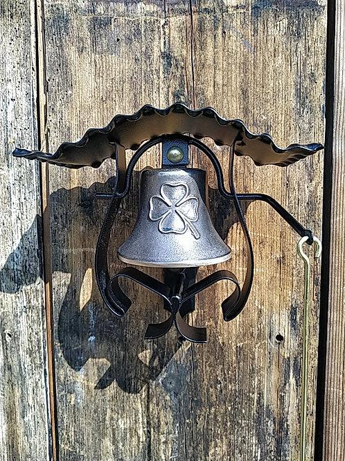 Zvonice kudrnatá s reliéfem čtyřlístku, Ø90mm
