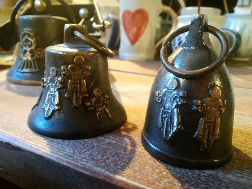 Zvonky s reliéfem