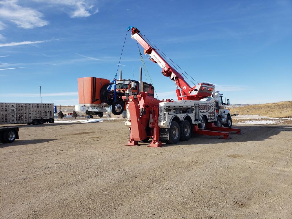 Lifting Semi with Rotator