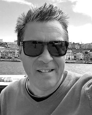 Eric BW Headshot.jpg