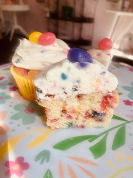 Jellybean Sprinkle Vanilla Cupcakes