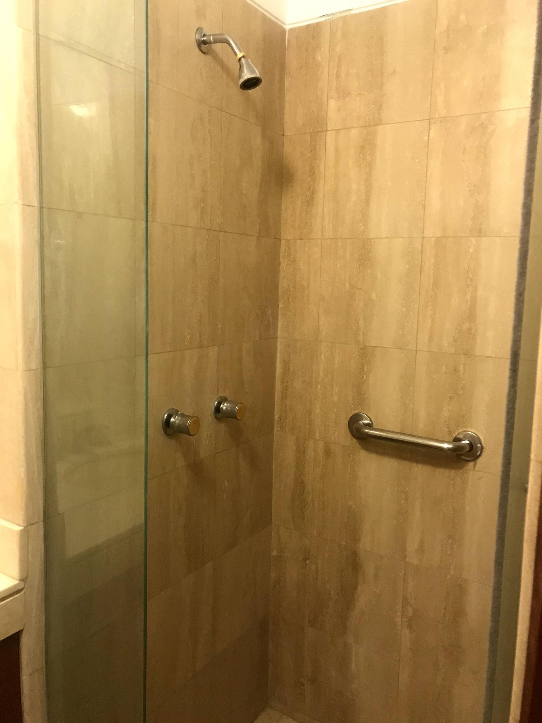 Ducha baño secundario