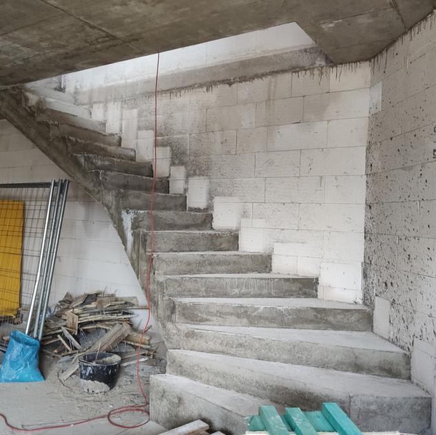 Betonové schodiště, Brno Tuřany.