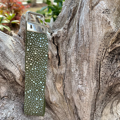 Keychain Loop in Green Speckles