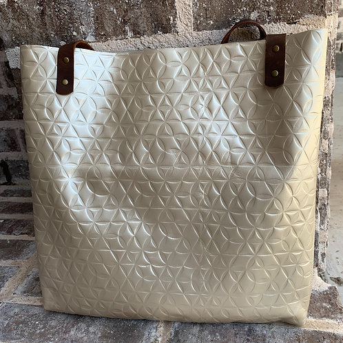 Two Tone Shoulder Bag in Pearlescent