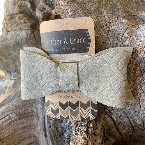 Grey Imprint Giant Bow on Headband (elastic)