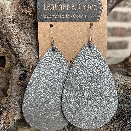 Silver Pebble Giant Drops