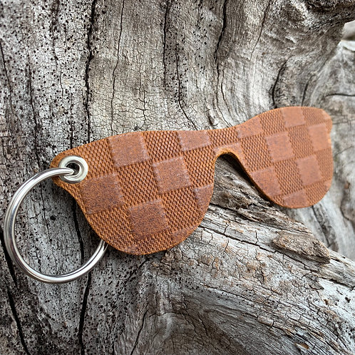 Sunglasses Keychain in Brown Checkers