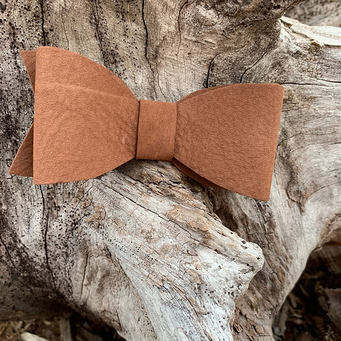 Bow Barrett in Brown Suede