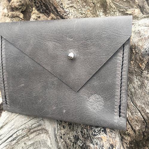 Double Pocket Wallet in Soft Grey