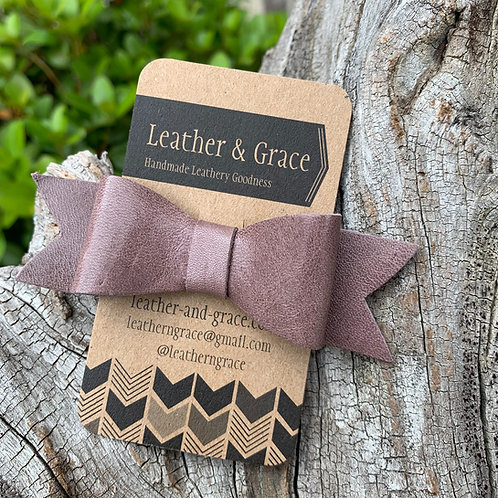 Mini Bow Clip In Dusty Mauve