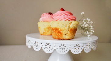 Vanilla Strawberry Cupcakes