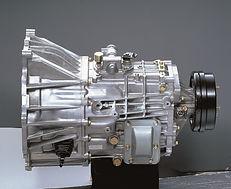 LoribaruFuso-transmission.jpg