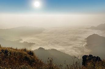 ยอดเขาภูชี้ฟ้า
